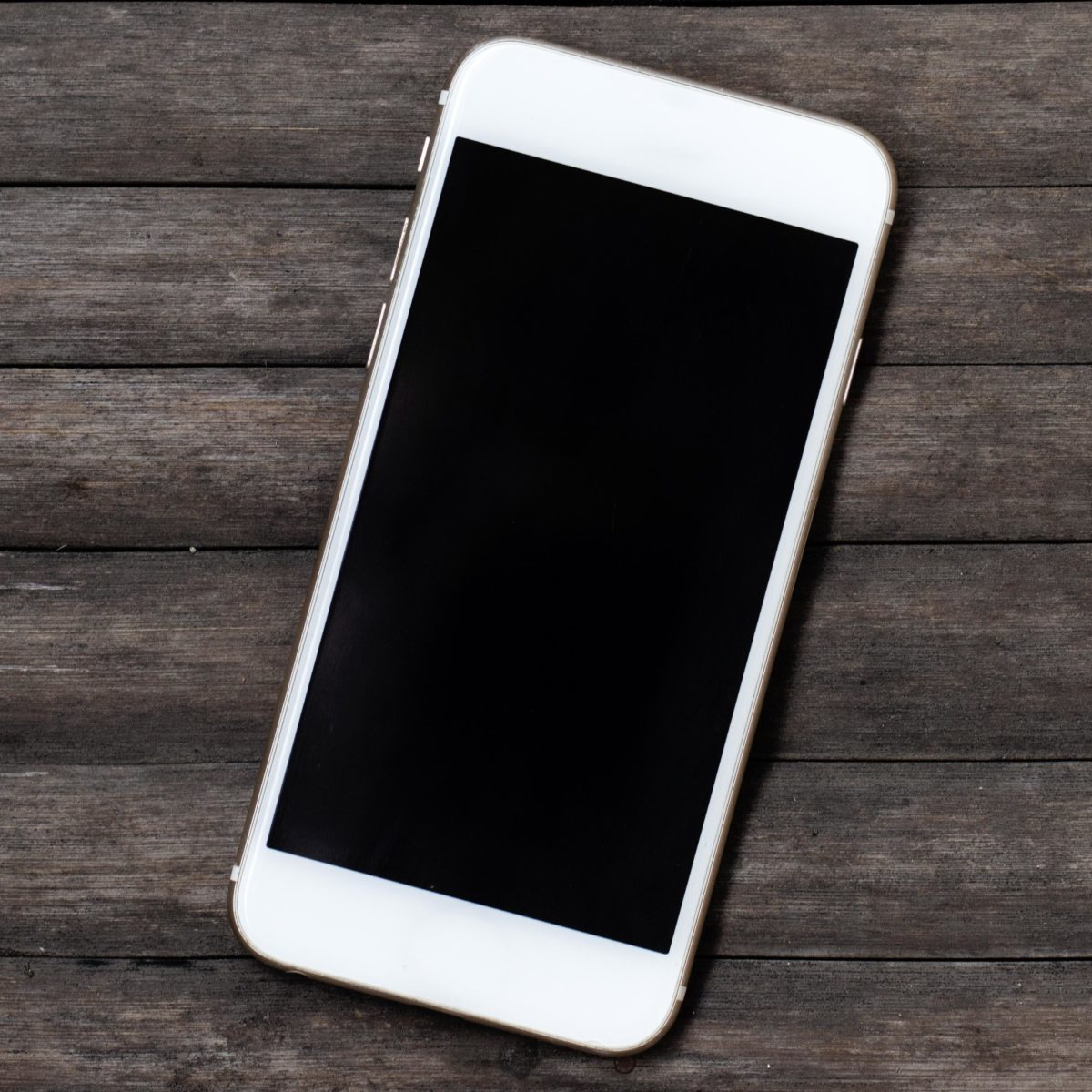 8 Easy Ways to Free Up Space on Your iPhone