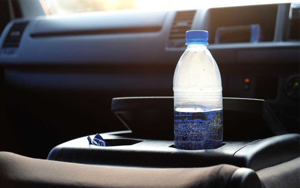 Leaving a Water Bottle in the Car Is a Fire Risk | Reader ...