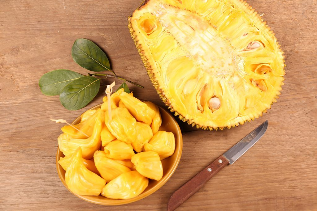 00-Delicious-Dishes-You-Didn't-Know-You-Could-Make-with-Jackfruit-thechatat
