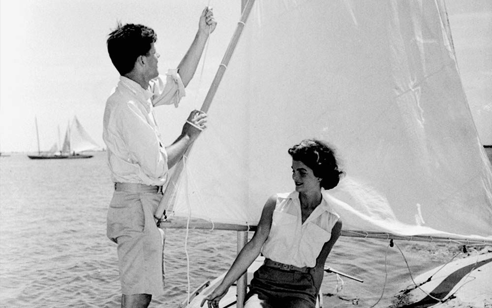 15 Rarely Seen Photos of JFK and Jackie Kennedy