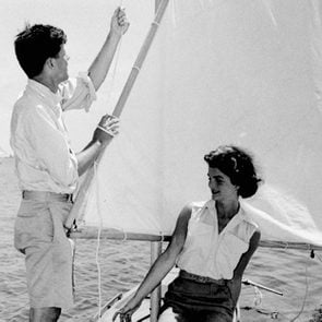 01-15-rarely-seen-photos-of-jfk-and-jackie-kennedy-editorial-6634143a-AP-REX-Shutterstock-ft