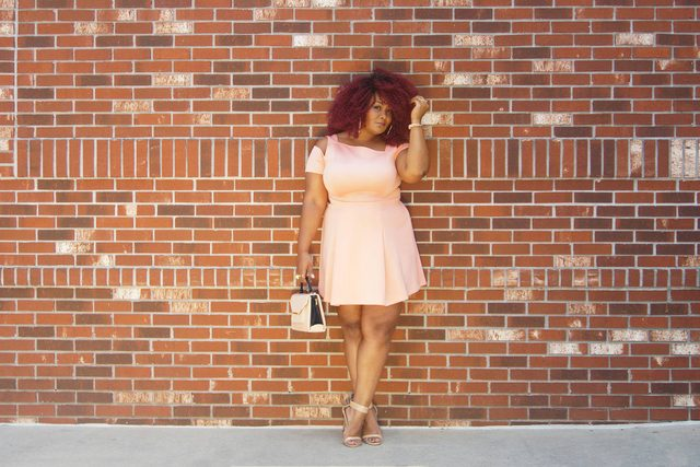 01-Meet-the-Plus-Size-Fashion-Blogger-Who-Earns-$100K-A-Year-courtesy-Marie-Denee,-thecurvyfashionista.com