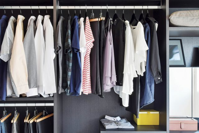 This-Closet-Decluttering-Trick-Is-so-Simple-You'll-Wonder-How-You-Never-Thought-of-It-Before