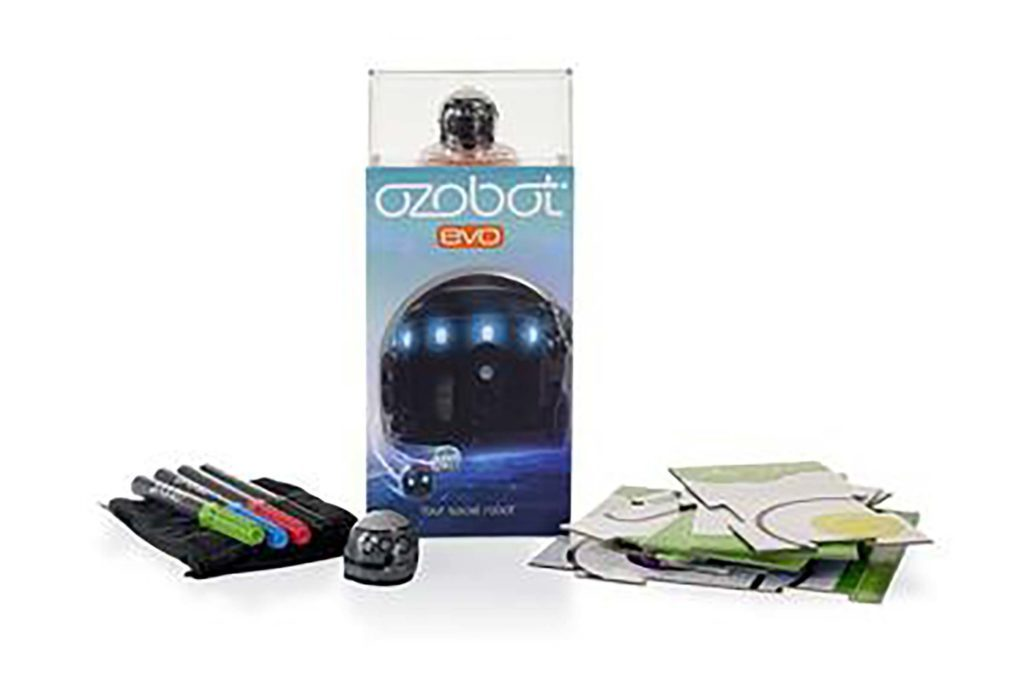 01-This-Toy-Could-Tell-You-If-Your-Child-is-the-Next-Zuckerberg-or-Picasso-courtesy-ozobot