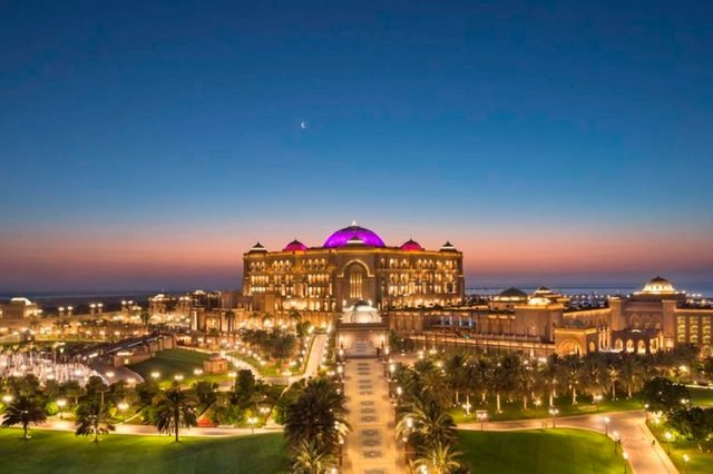 01-World's Most Outrageous Luxury Hotels and Resorts via-kempinski.com