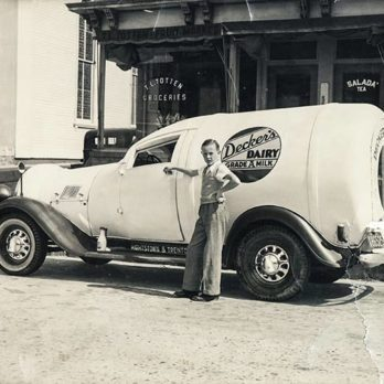 Delivery Services Have Been Around for a While—Here's What They Looked Like Back in the Day