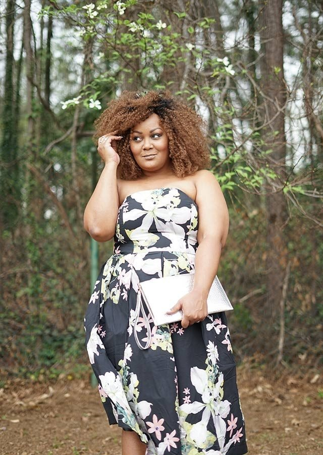 02-Meet-the-Plus-Size-Fashion-Blogger-Who-Earns-$100K-A-Year-courtesy-Marie-Denee,-thecurvyfashionista.com