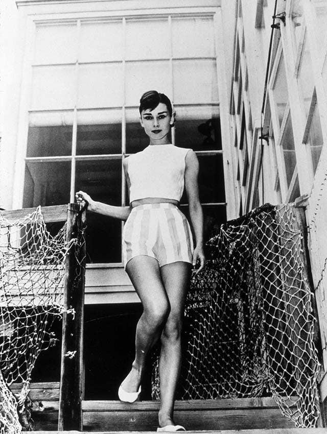 03-This-Is-How-Audrey-Hepburn-Stayed-So-Slim-390898ki-SNAPREXShutterstock