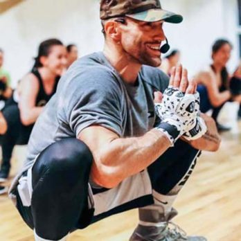 16 Moves That Fitness Instructors Think Are a Complete Waste of Your Time