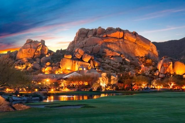 04-World's Most Outrageous Luxury Hotels and Resorts via-theboulders.com