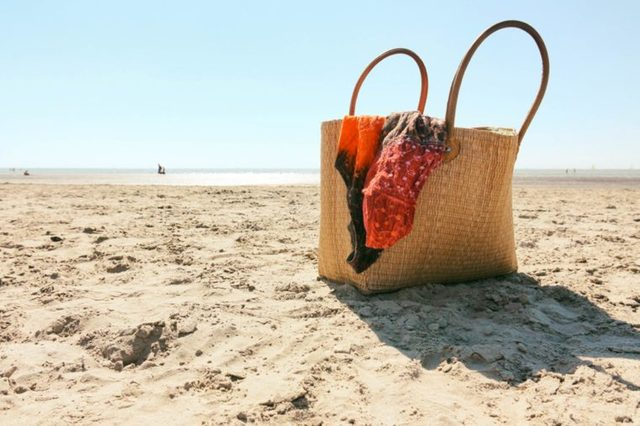Summer-Items-You-Need-to-Throw-Out-Right-Now
