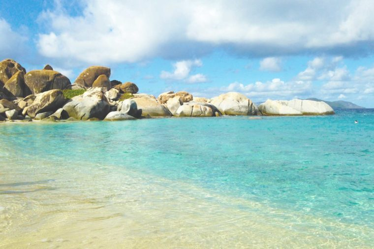 05-virgin-islands-Beaches With the Clearest Water in the World_494427157-abbyweaveo