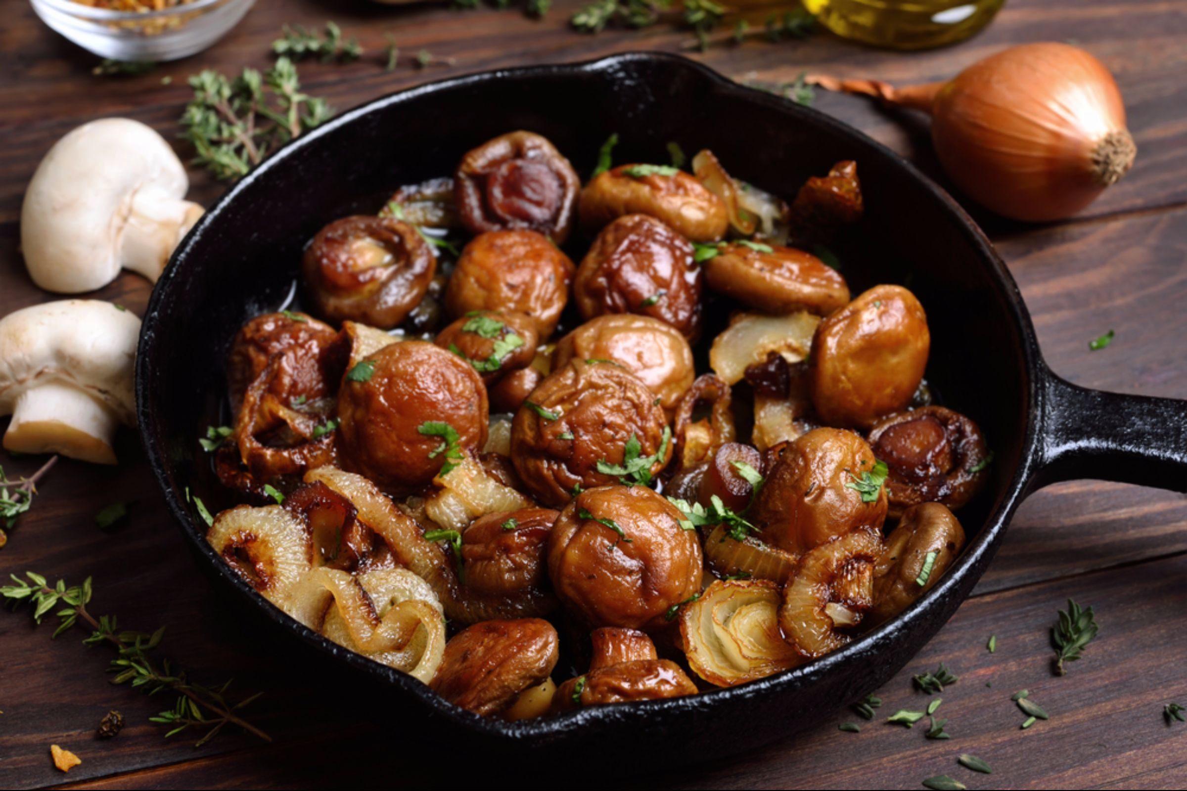 06-mushrooms-Fruits and Vegetables that Taste Best in the Fall_654540736-Tatiana Volgutova