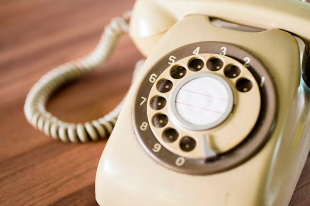 06-rotary-phone-These 29 Things 2000s Kids Will Never Understand Will Make You Feel Old as Heck_676012882-Sanit-Ratsameephot