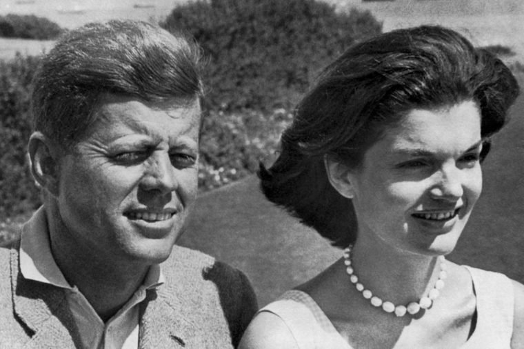 07-15-rarely-seen-photos-of-jfk-and-jackie-kennedy-editorial-3838623a-Underwood-Archives-UIG-REX-Shutterstock