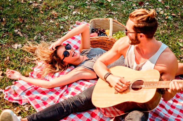 07-8 Summer Dates You Can Plan in 5 Minutes_595715426