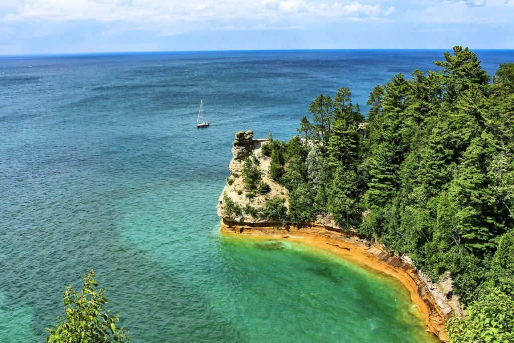 08-The-Stories-Behind-the-Shipwrecks-on-Lake-Superior-Will-Give-You-Goosebumps-reminisce-scott-schiller