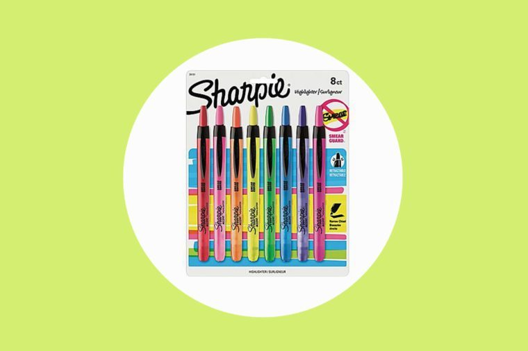 08-highlight-Things-That-Get-Your-Kids-to-Actually-Love-Learning-sharpie-via-staples.com