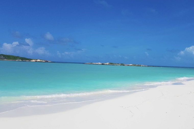 09 Bahamas Beaches With The Clearest Water In World 500528359 Jpatt
