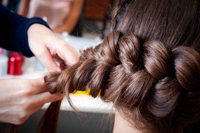 10-Golden Rules People with Long Hair Should Memorize Now_320931005-terekhov-igor