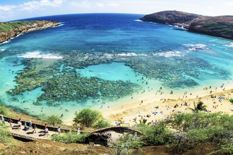 10-hawaii-Beaches With the Clearest Water in the World_121434379-Sanchai-Kumar
