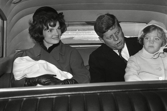11-15-rarely-seen-photos-of-jfk-and-jackie-kennedy-5947880a-AP-REX-SHUTTERSTOCK
