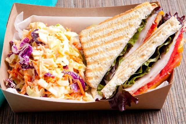 2-food-truck-Things Everyone Should Do at Least Once Before Summer's Over_301554890-farbled