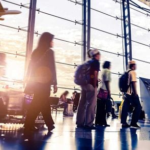 15-Things-Smart-Travelers-Never-Buy-at-the-Airport_210042937-FT