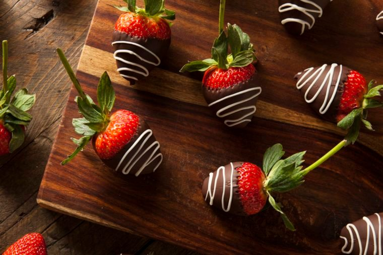 After-School Snacks Nutritionists_252465571