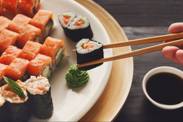 Attention Sushi Lovers There Are Rules About Eating Japanese Food That You Must Follow_644962144