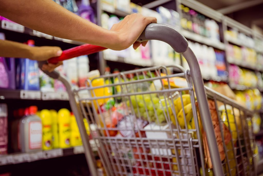 Here's the Real Difference Between Grocery Stores and Supermarkets