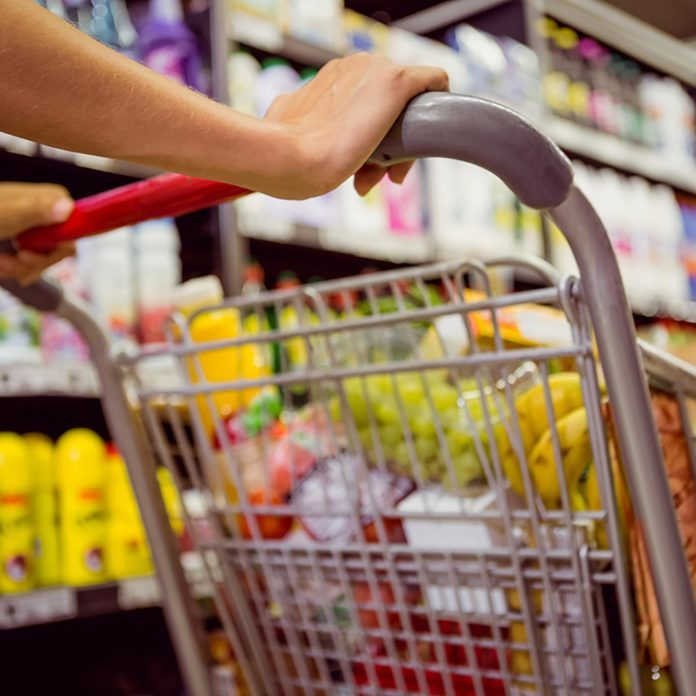 Here's the Difference Between Grocery Stores and Supermarkets