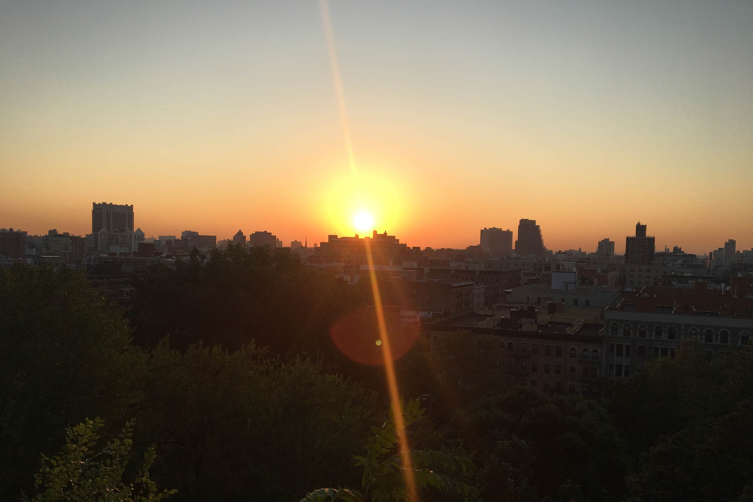 Watching the Sunrise Is the Best Way to Lift Your Mood—Here\'s Why ...