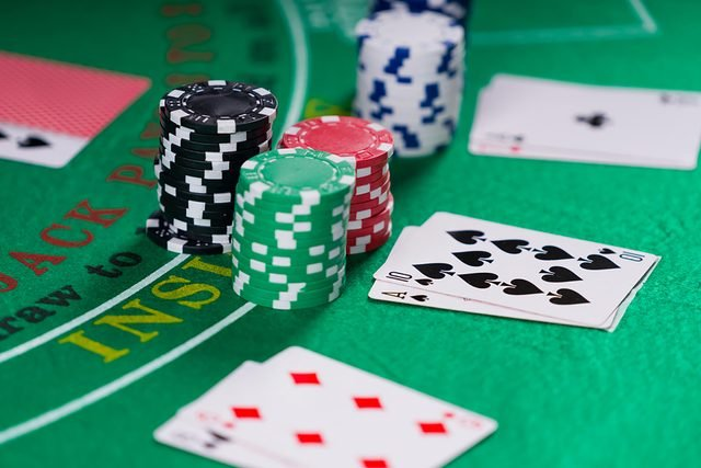 7 Casino Games That Won't Take as Much of Your Money | Reader's Digest