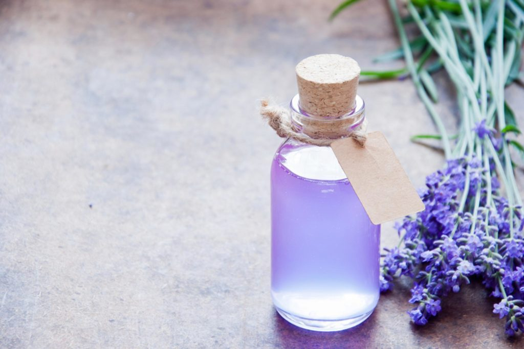 8 essential oils for menstrual cramps reader 39 s digest