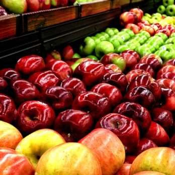 This Is the Gross Truth About the Apples You're Buying at the Supermarket
