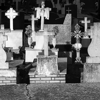 5 Famous Ghost Stories with Totally Logical Explanations