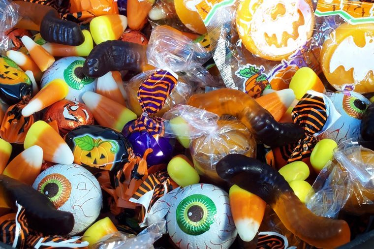 Worst Halloween Candy for Your Teeth, According to Dentists ...