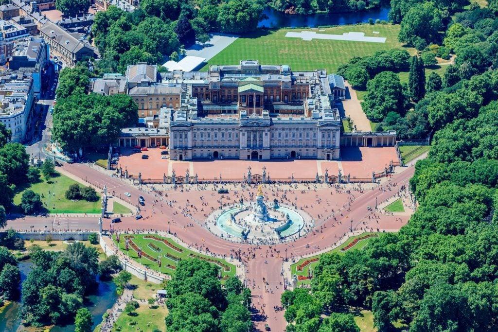 03-aerial-rarely-seen-buckingham-palace-editorial-8965909c-High-Level-REX-Shutterstock