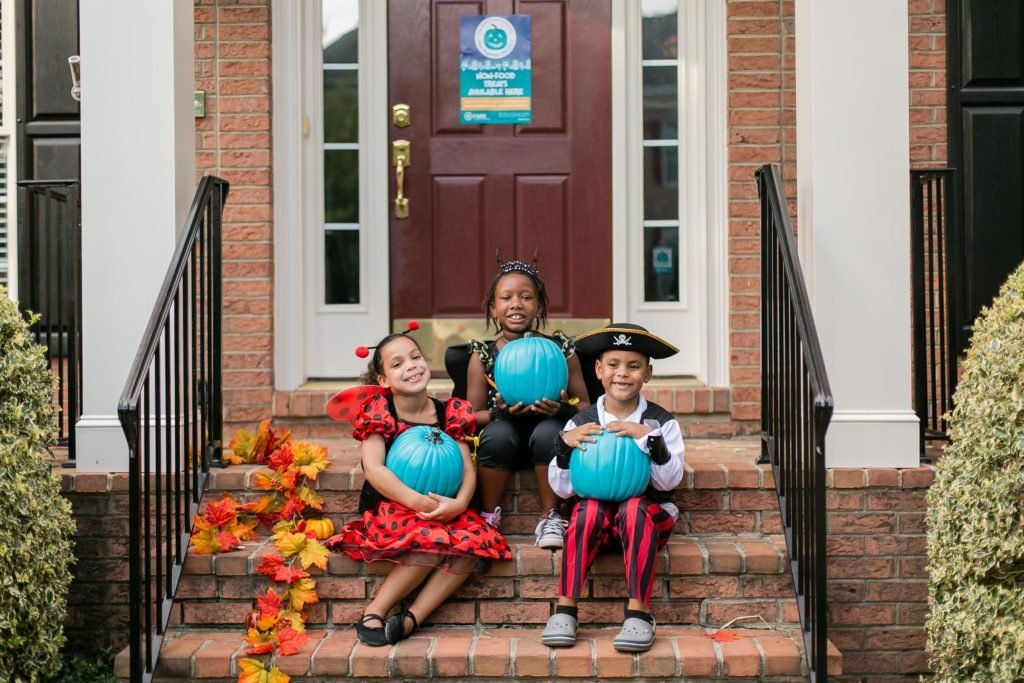 Why People Will Be Painting Their Pumpkins Teal This Halloween