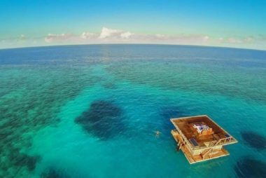 underwaterhotel