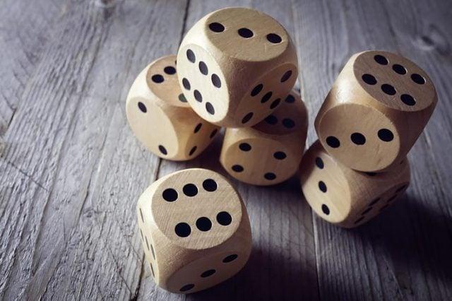 countin-dice