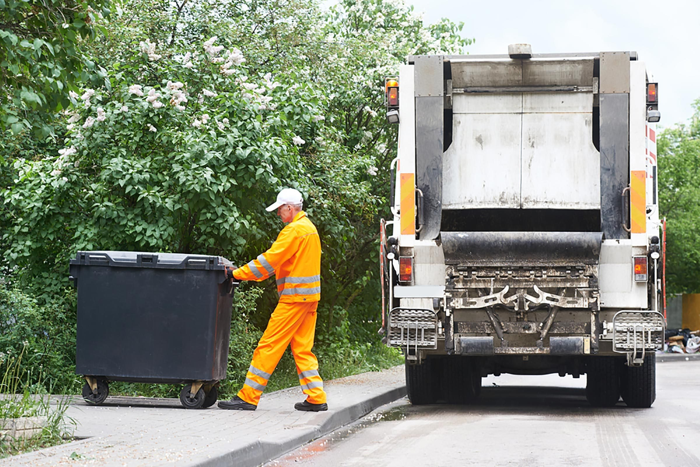 24 Things Your Garbage Collector Wants You To Know