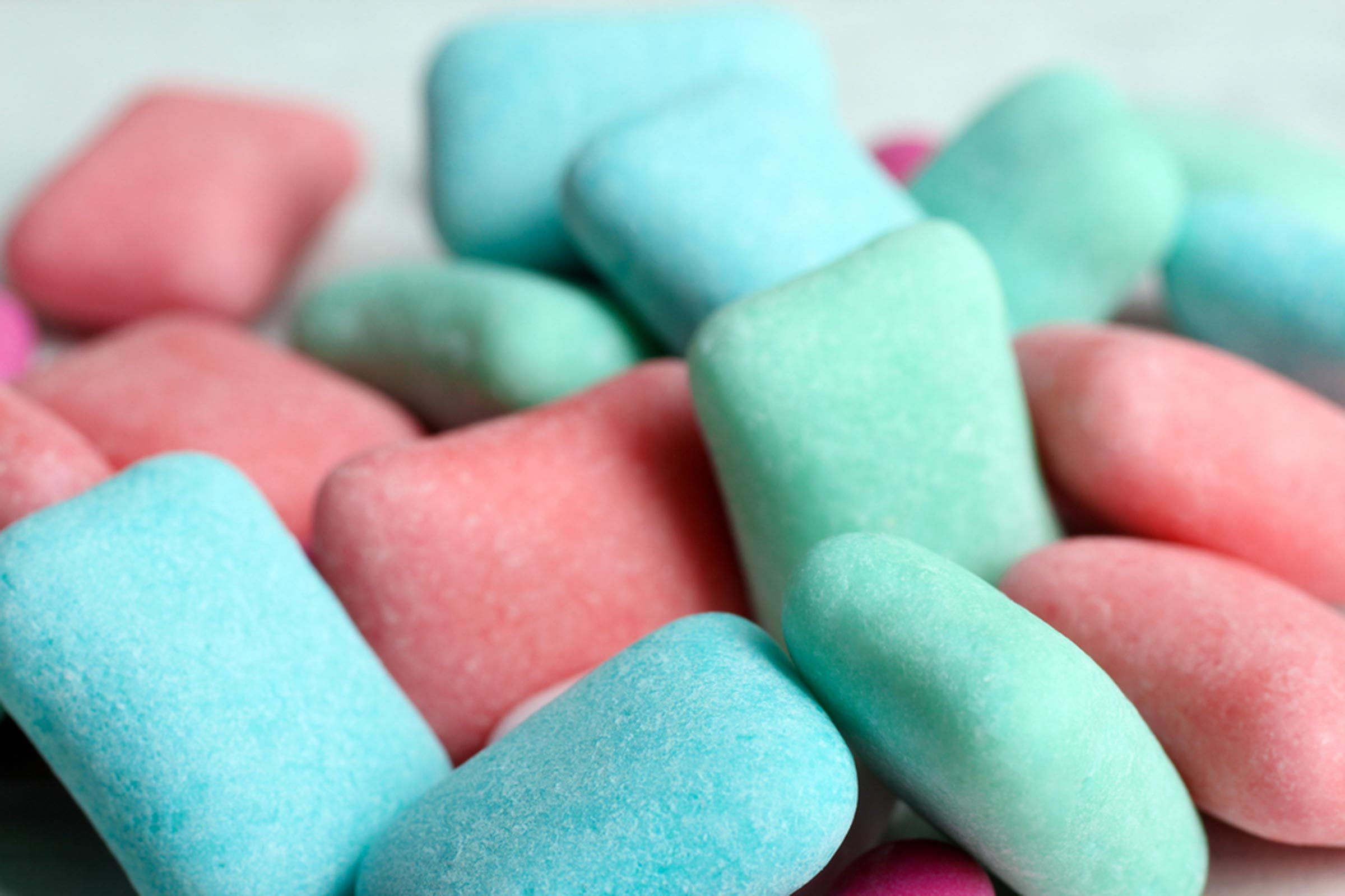 benefits of chewing gum for your mind and body reader s digest