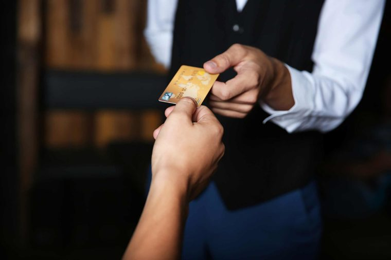 20 Rude Restaurant Habits You Need to Stop ASAP