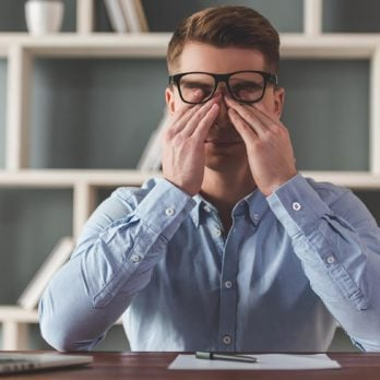 8 Weird Symptoms You Didn't Know Were Linked to Stress