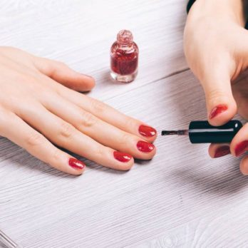 The Scary Thing Nail Polish Does to Your Body 10 Hours After You Apply It