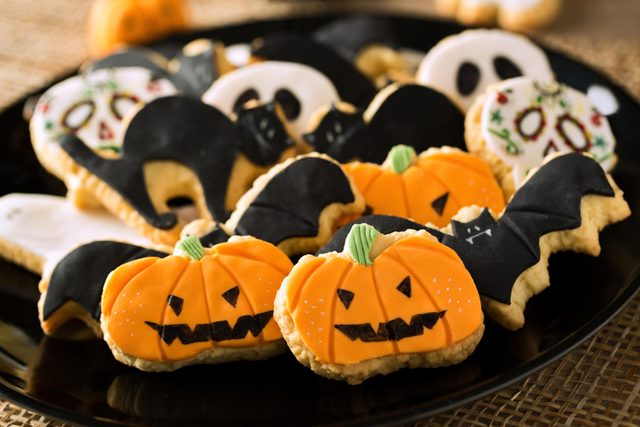 Things You May Not Know About Halloween-306385181-didesign021