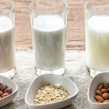 This Is How Dairy-Free Milk Could Be Damaging Your Brain