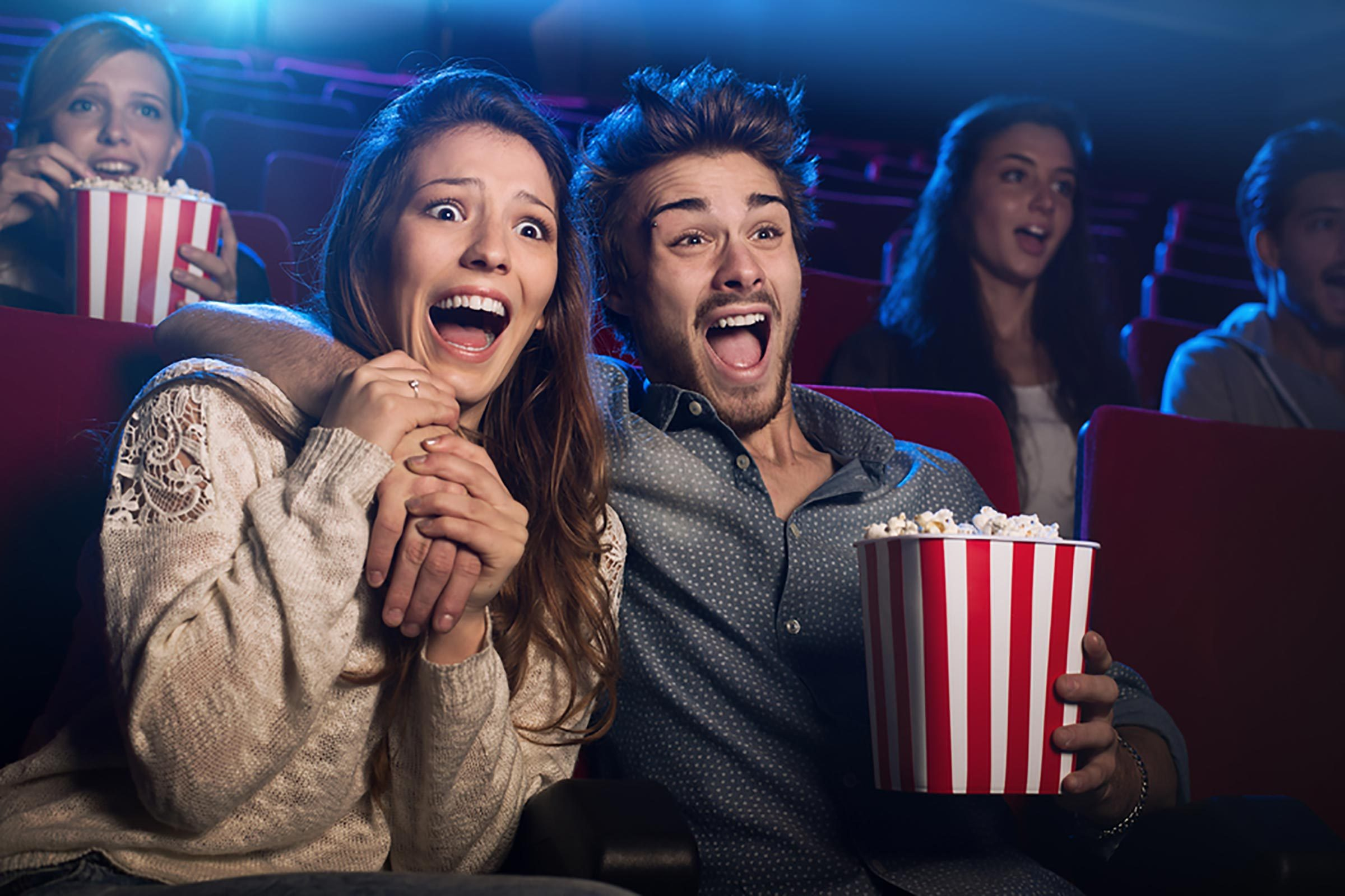 a story of five teenagers going to watch a movie Gowatchit is your comprehensive guide to finding movies and tv shows on the platforms you care about - in theaters, online, on tv, or on blu-ray/dvd use gowatchit to discover, consume, or bookmark everything you want to watch.